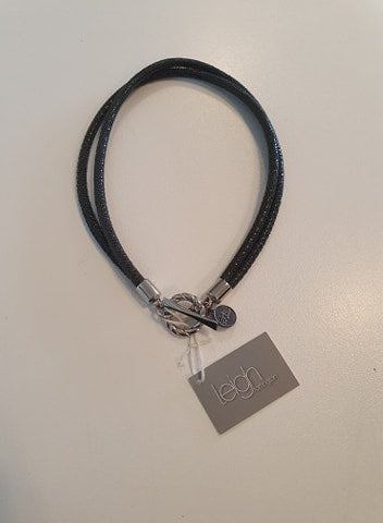 Leigh Fortington black clasp chocker