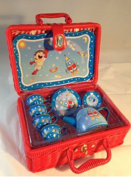 Spaceman 15 piece tin teaset