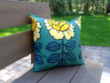 Handmade pillow cover from Marimekko fabric Maalaisruusu by NordicCrafter