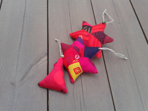 Red Christmas ornaments from Marimekko fabric by NordicCrafter
