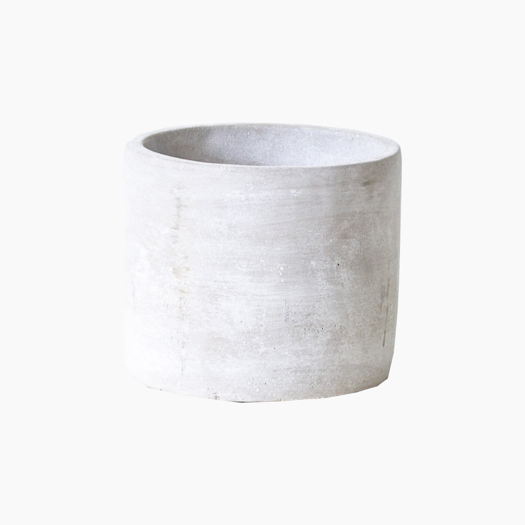 Smooth cement pot