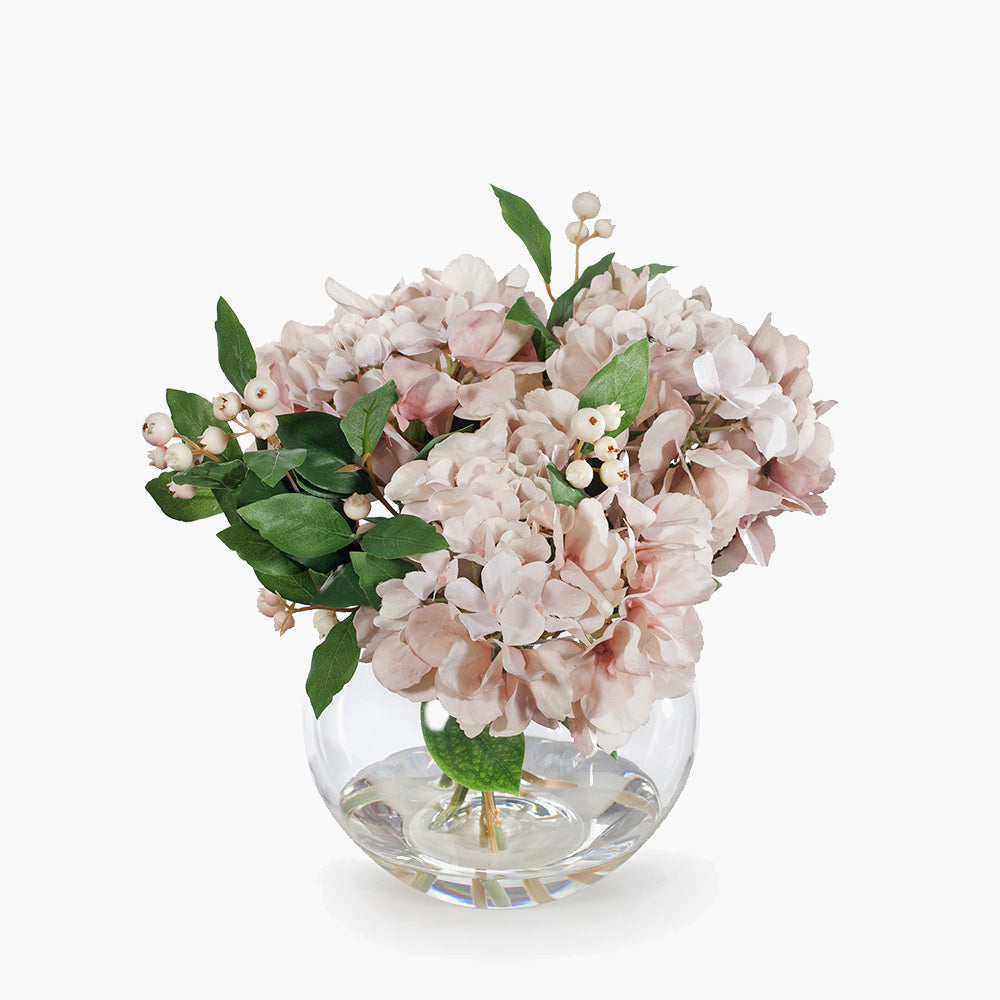 Soft pink hydrangea and berries (small)