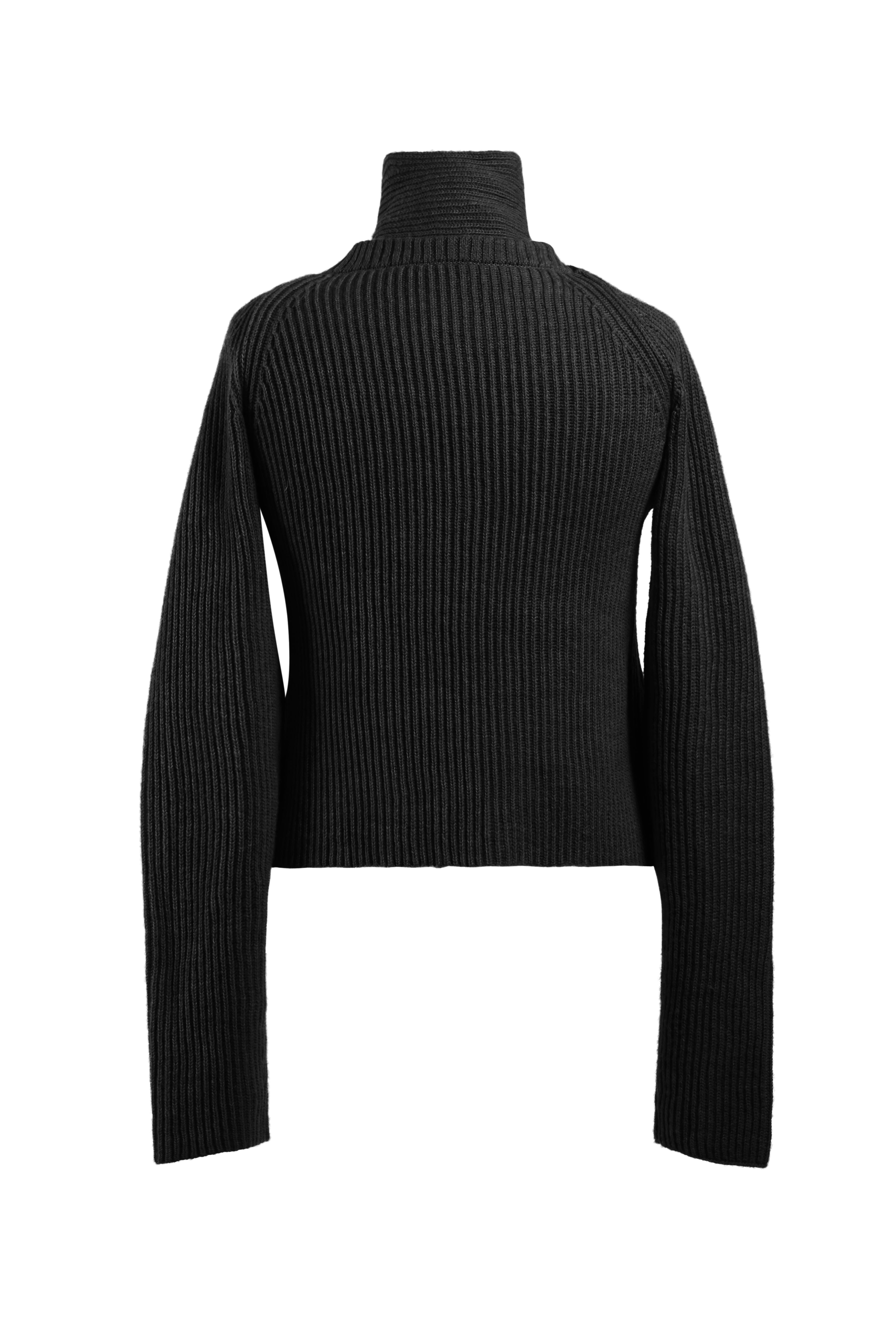 Loop Chunky Sweater - Black
