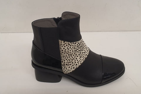 Isabella  Portobello Boot - Black/White Pony