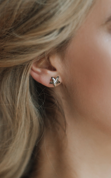 VESPERA STUD EARRINGS