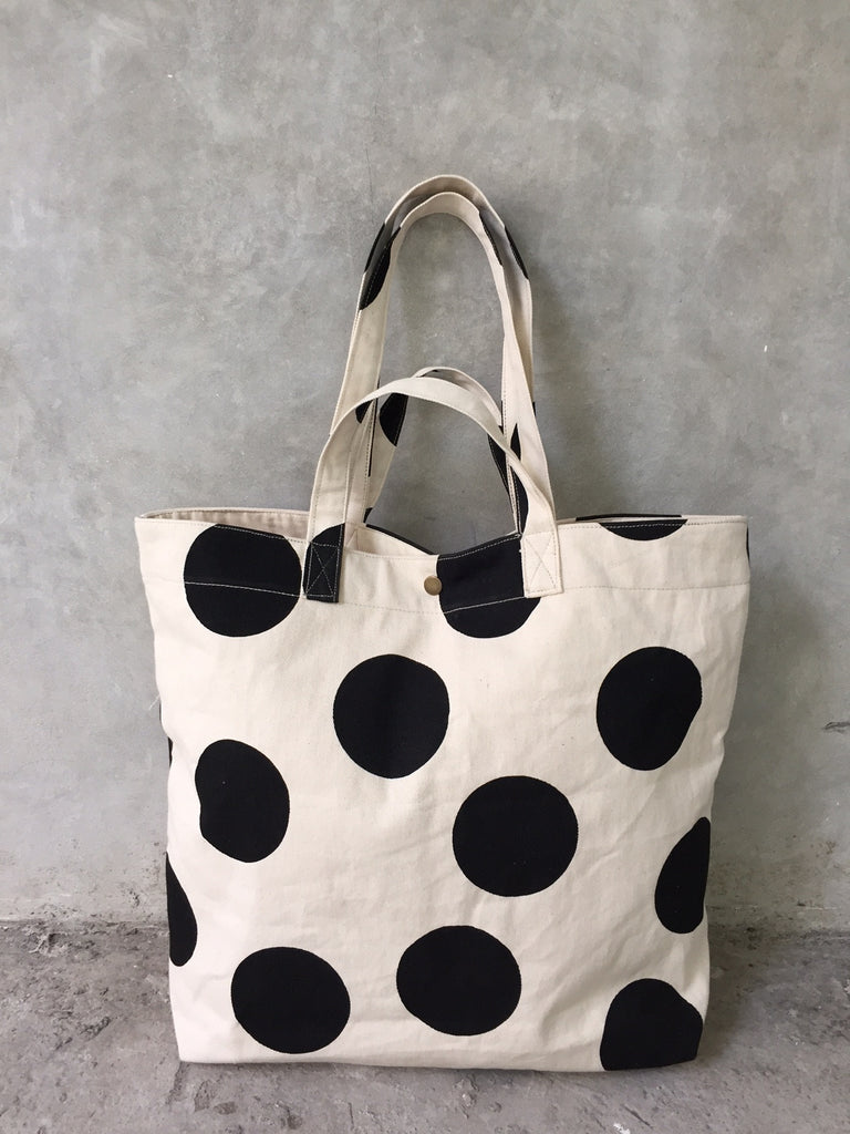 handmade beach bag with polka dots