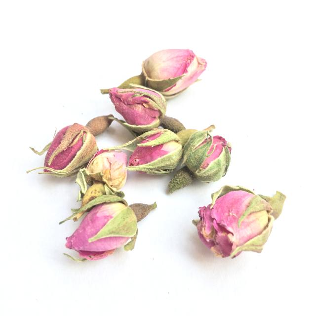 Whole dried rose buds