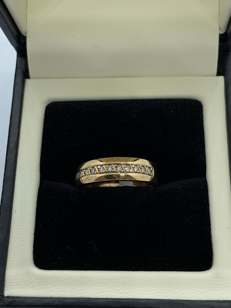 9Ct yellow gold diamond set band ring