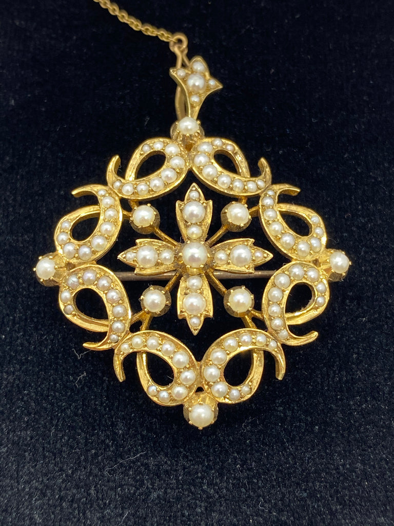 15ct yellow gold seed pearl pendant/brooch