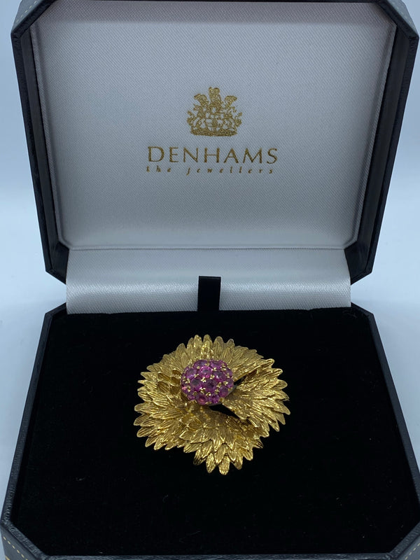 18ct yellow gold ruby brooch