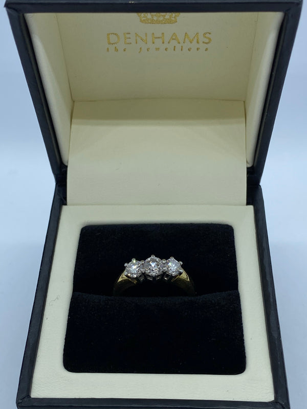 Three stone diamond ring 18ct yellow gold