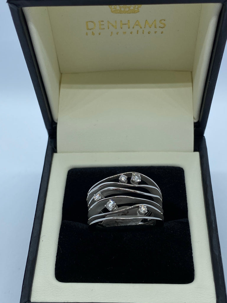 18ct white gold five stone diamond band ring