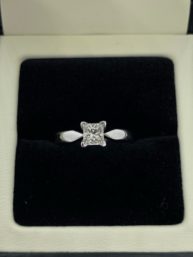 Single stone princess cut diamond ring 14ct white gold
