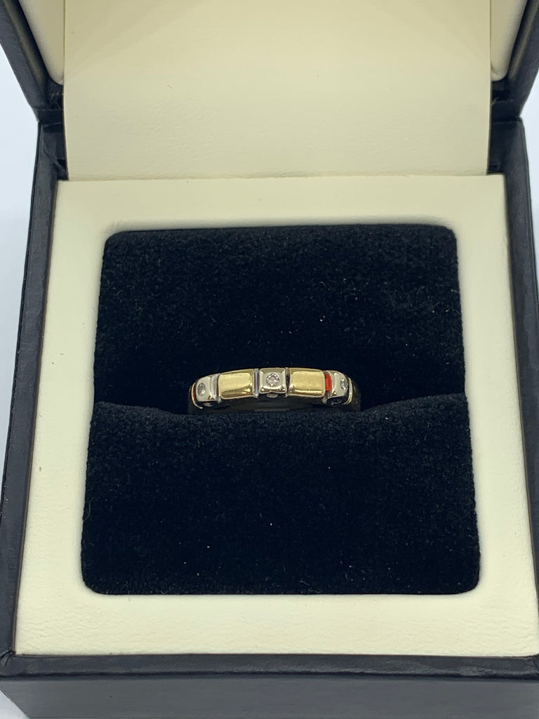 14ct two colour Diamond ring