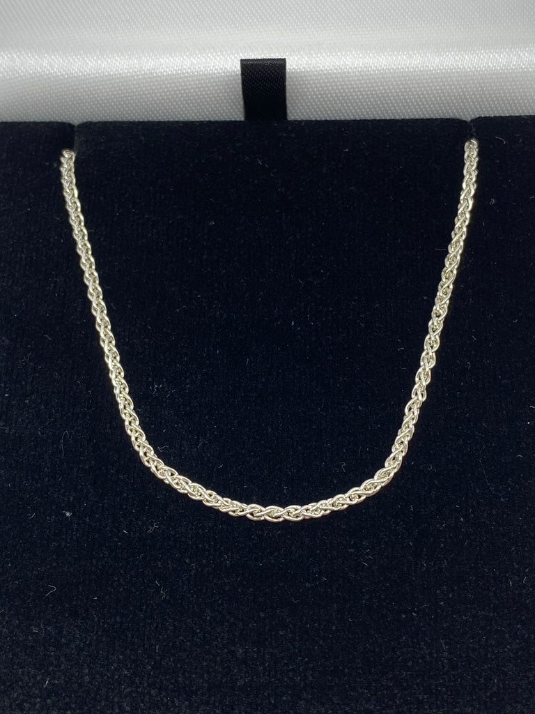 Sterling silver spiga link chain