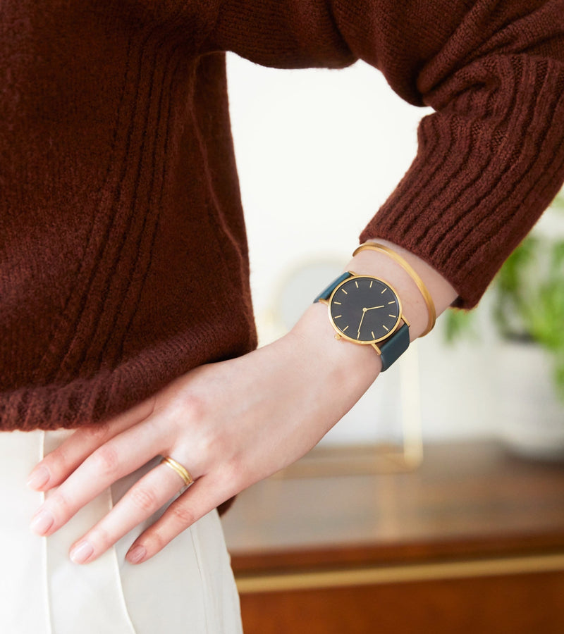 Gold & Juniper with Black | Classic
