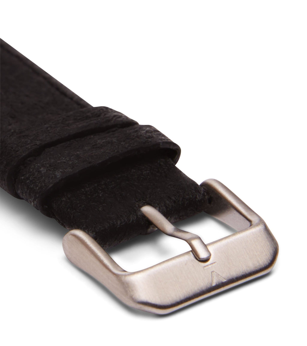Piñatex Black with brushed silver buckle | 18mm