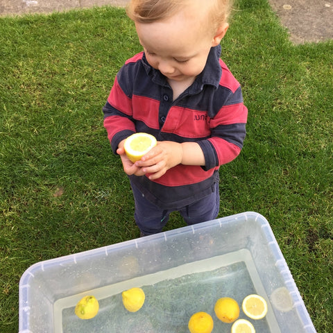 squeezy-lemons-3-Little-Known-Hacks-A-Cheat-Sheet-For-Water-Play
