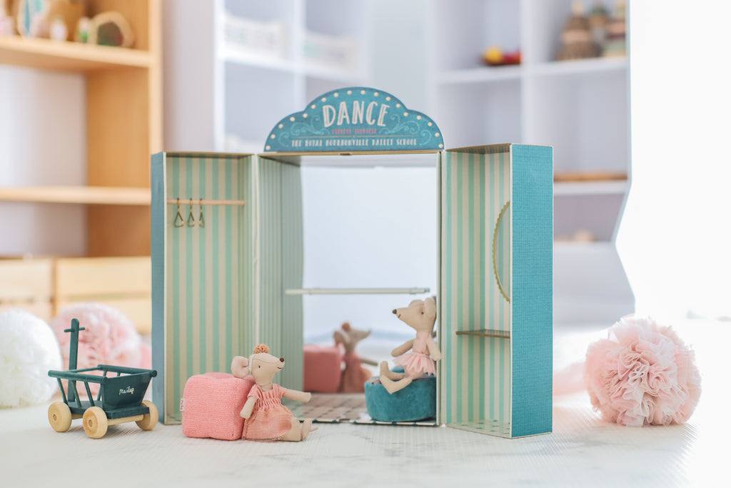 Maileg Ballet School and toy wagon