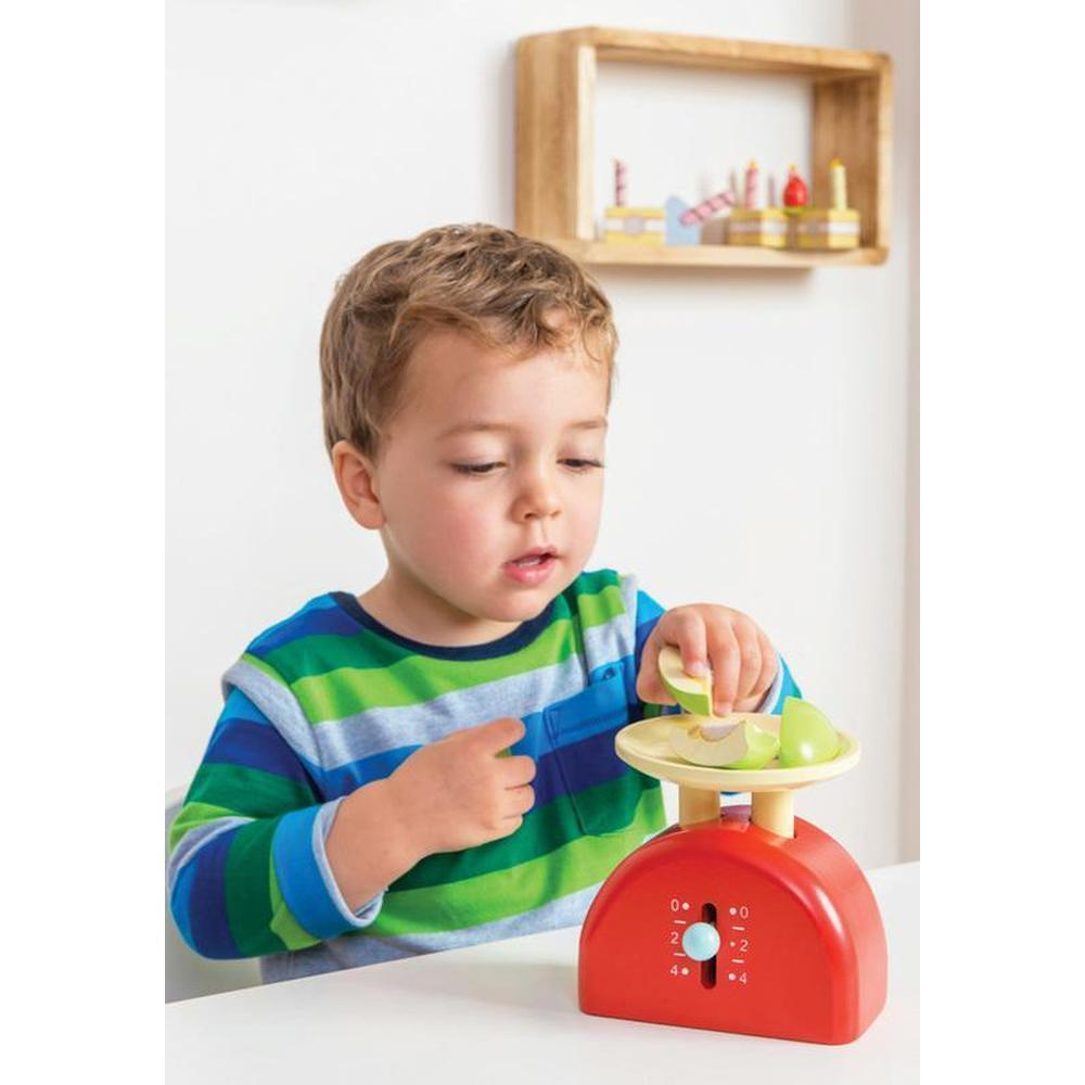 Le Toy Van Honeybake Weighing Scales - Le Toy Van - The Creative Toy Shop