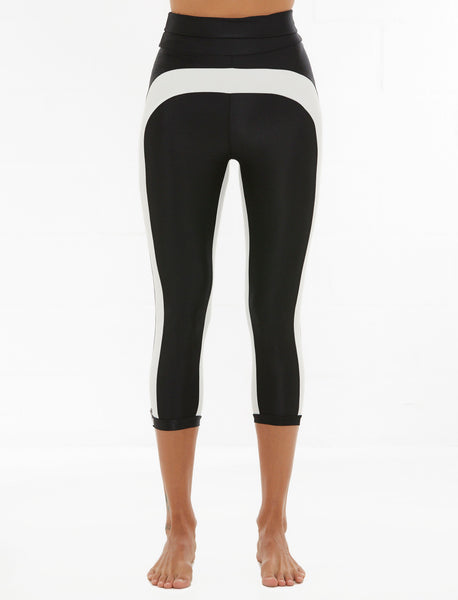 Dupa Capri - Black with Crème Trim