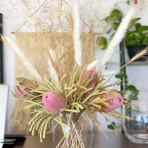 Dried Lovegrass-Natural | Bunch - Magnolia Lane