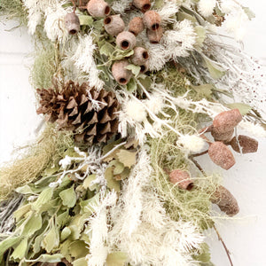 Bush Christmas Wreath - Magnolia Lane