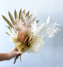 Load image into Gallery viewer, Elizabeth - Dried Flower Bouquet - Magnolia Lane