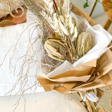 Palm Pod | Dried Flower Bouquet - Magnolia Lane
