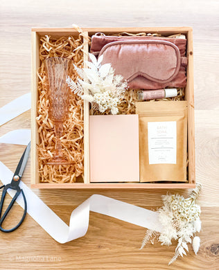 Rosa Gift Box - Self Love Hamper - Magnolia Lane