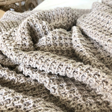 Load image into Gallery viewer, Moss Stitch Marled Cotton Knitted Throw - Magnolia Lane