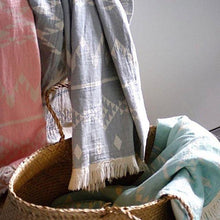 Load image into Gallery viewer, Oteki Kilim Knotty Turkish Towel - Rose Quartz - Magnolia Lane