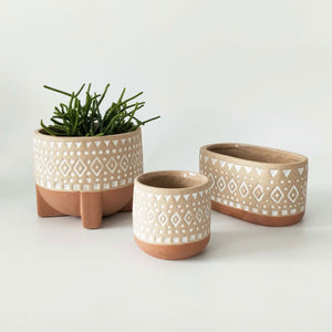 Zuri Planter with legs - Terracotta & Sand | Medium - Magnolia Lane