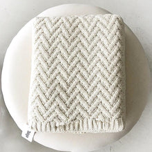 Load image into Gallery viewer, Zig Zag Cotton Throw Natural - Magnolia Lane