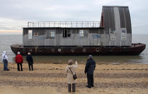 The Ugly: The Thames Barge, Distinctify