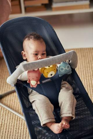 best-baby-toys-3-month-boys-girls-bouncy-chair
