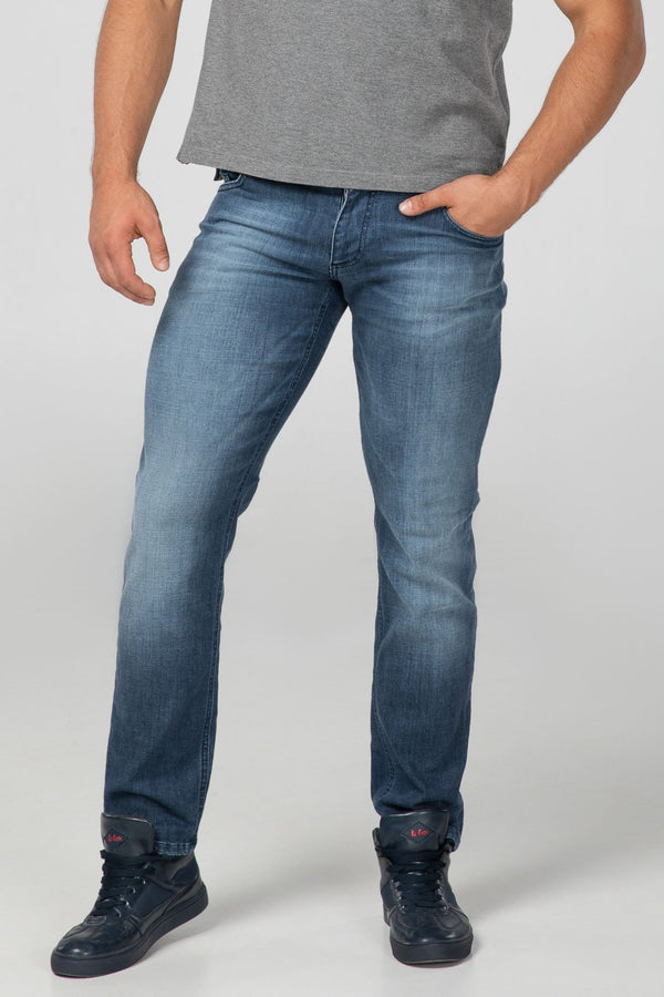 STRAIGHT FIT MEN'S JEANS - 3D - Aesparel