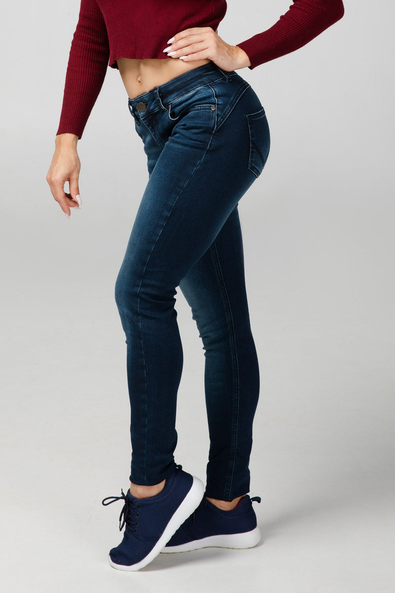 BODY FIT WOMEN'S JEANS - 3D - Aesparel