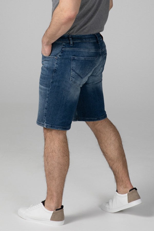 SLIM FIT MEN'S JEANS SHORTS - TRUE BLUE