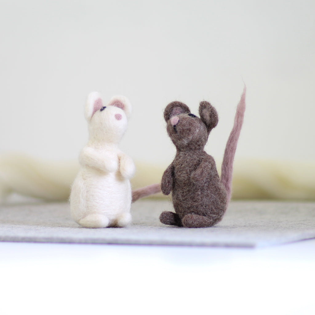 Spotlight Product - Mice Needle Felting Kit and Mouse Brooch Needle Felting Kit