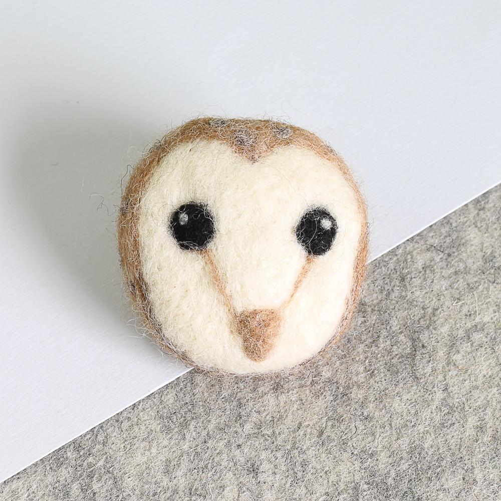 Barn Owl Brooch Needle Felting Kit