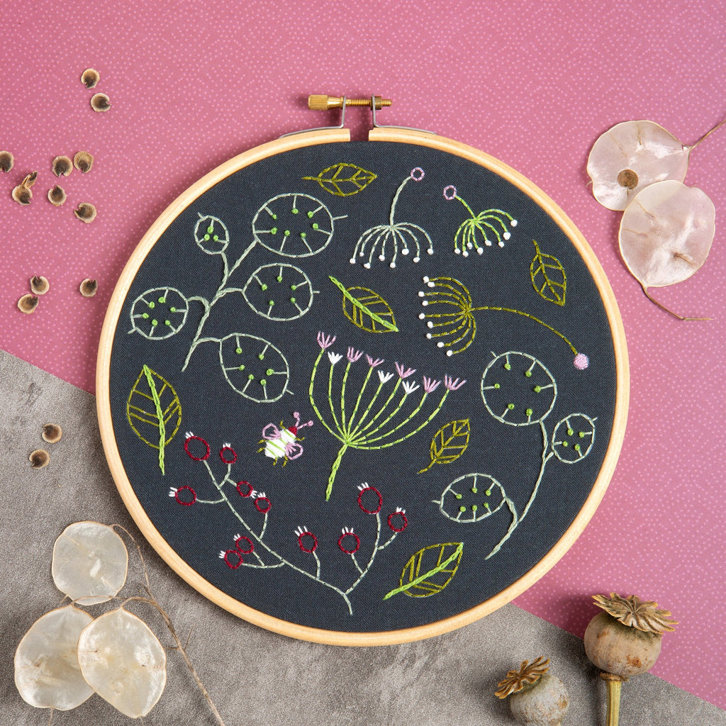 Black Seedhead Spray Embroidery Kit