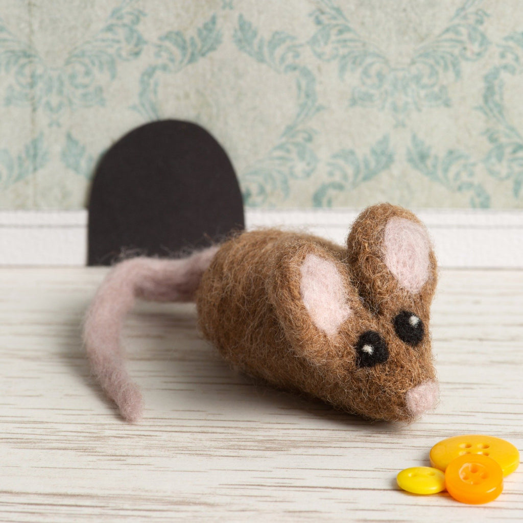 Brown Mouse Brooch Needle Felting Kit