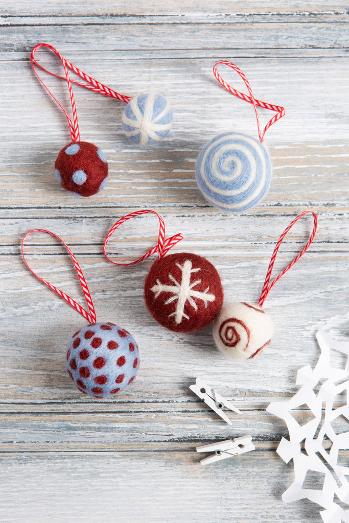 Christmas Baubles Craft Kit - Berry & Blue