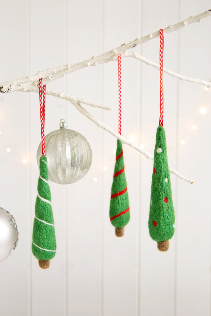 Needle Felting Christmas Trees Kit