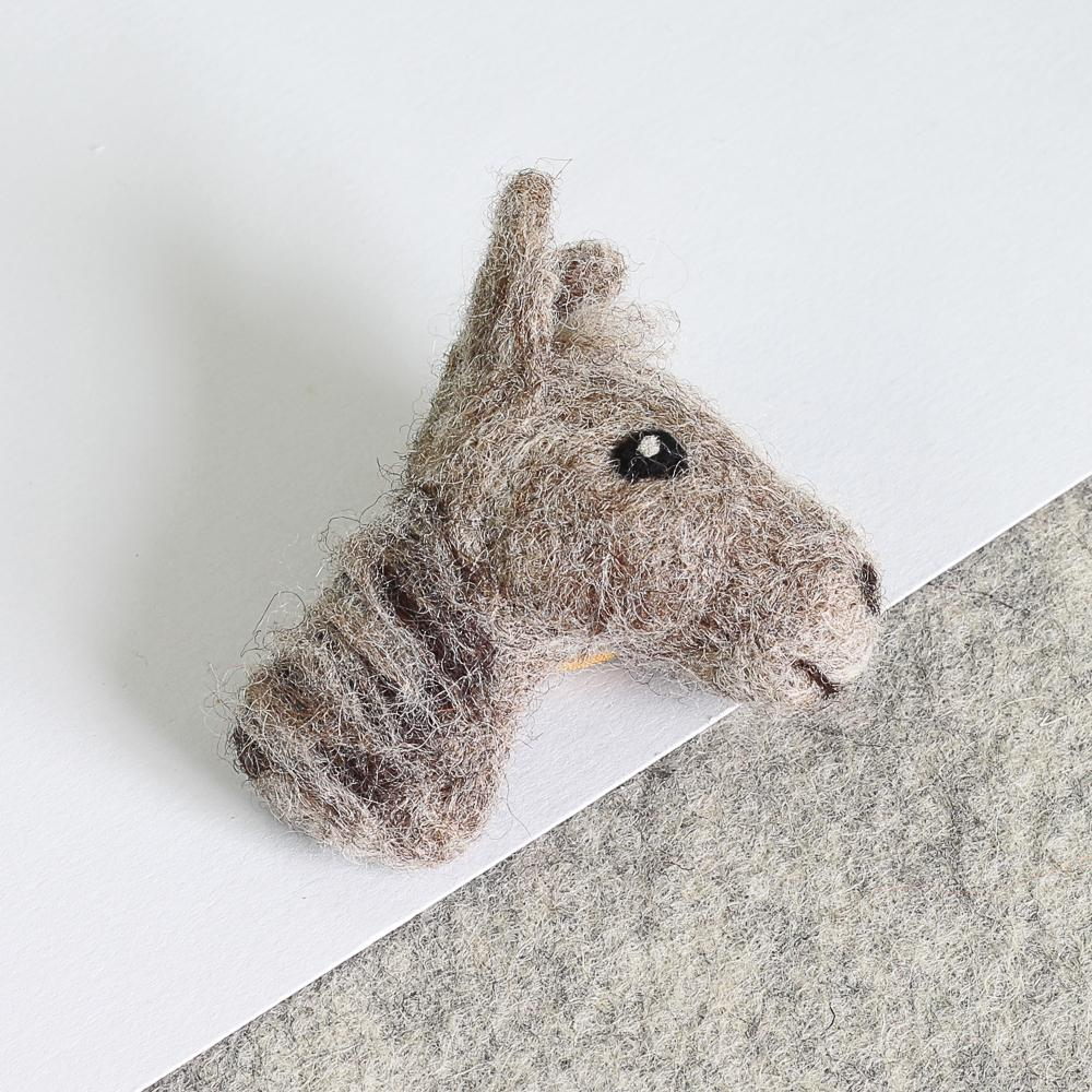 Horse Brooch Needle Felting Kit