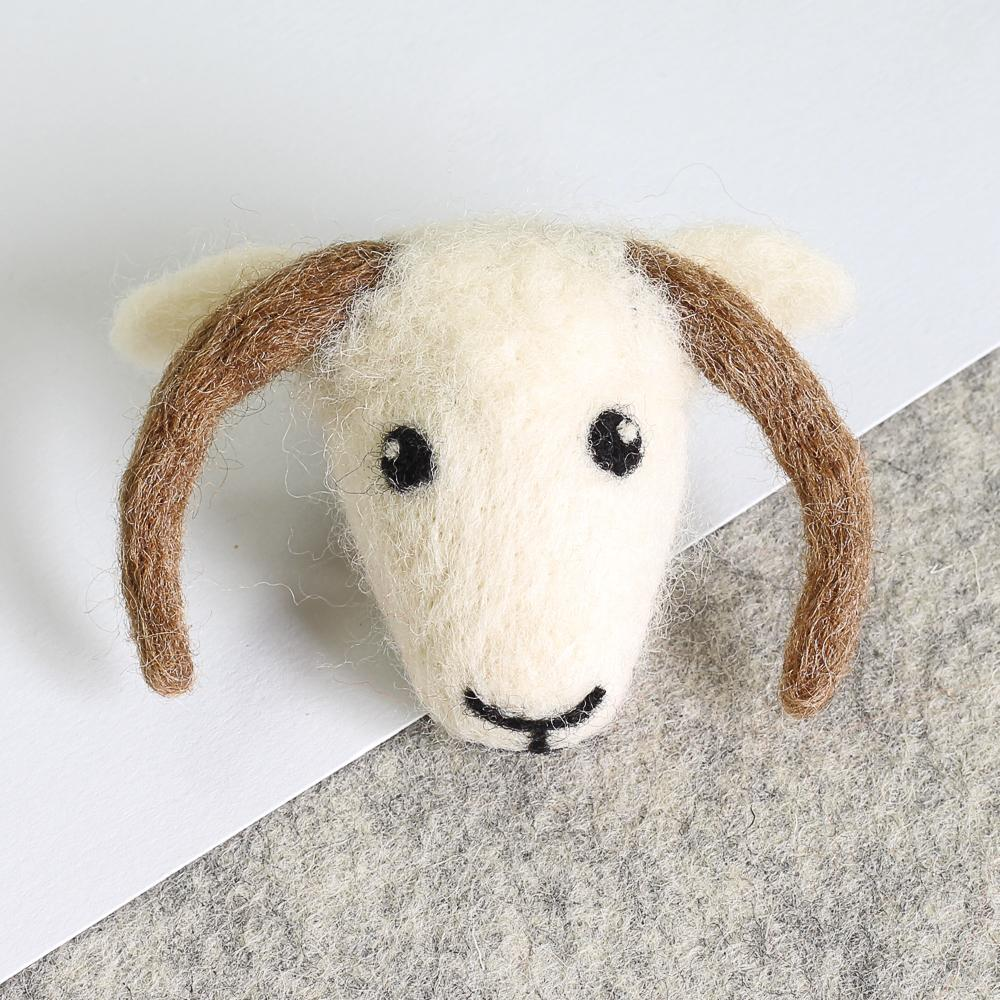 Shetland Sheep Brooch Needle Felting Kit