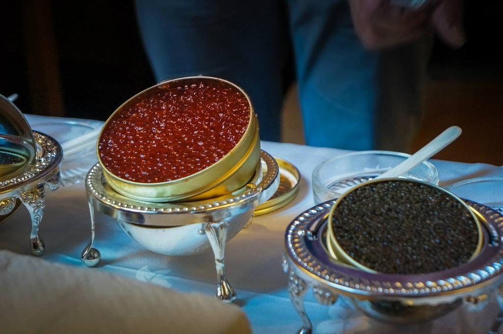 How to see the difference between real Caviar and roe.