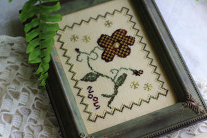 Gingham Flower - Cross Stitch Pattern