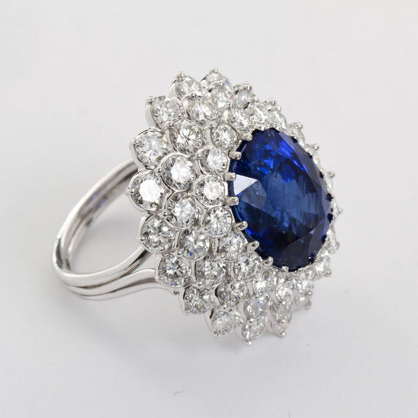 ELAINE Oval Sapphire Diamond Cluster Ring - TMWJ-8570 - TMW Jewels Co.